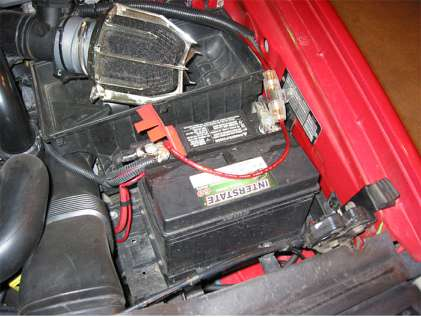 Battery To Fuse Box Wire Volvo V70 as well 98 Volvo S70 Fuse Box Interior further 208631 Please Help Me Old Security System My 560sel as well Volvo 260 Modified Oneida together with 1988 Mercedes Benz 500 Series 560 SL 1988 192204812718. on volvo s70 battery location